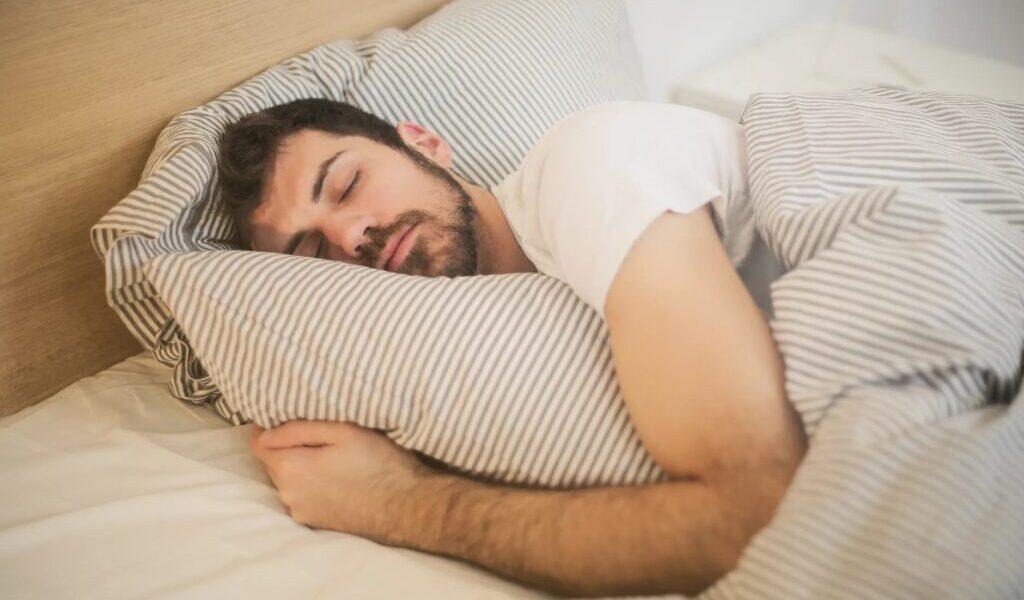 Perché mi sveglio intorno alle 3 del mattino e non torno a dormire?