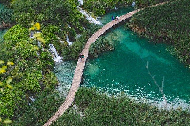 Vieni a scoprire l'incanto dei laghi di Plitvice